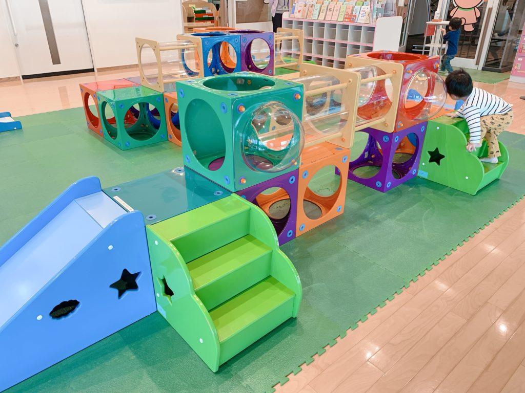 子ども未来センター_プレイルーム1
